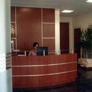 Prestação de serviços de recepção